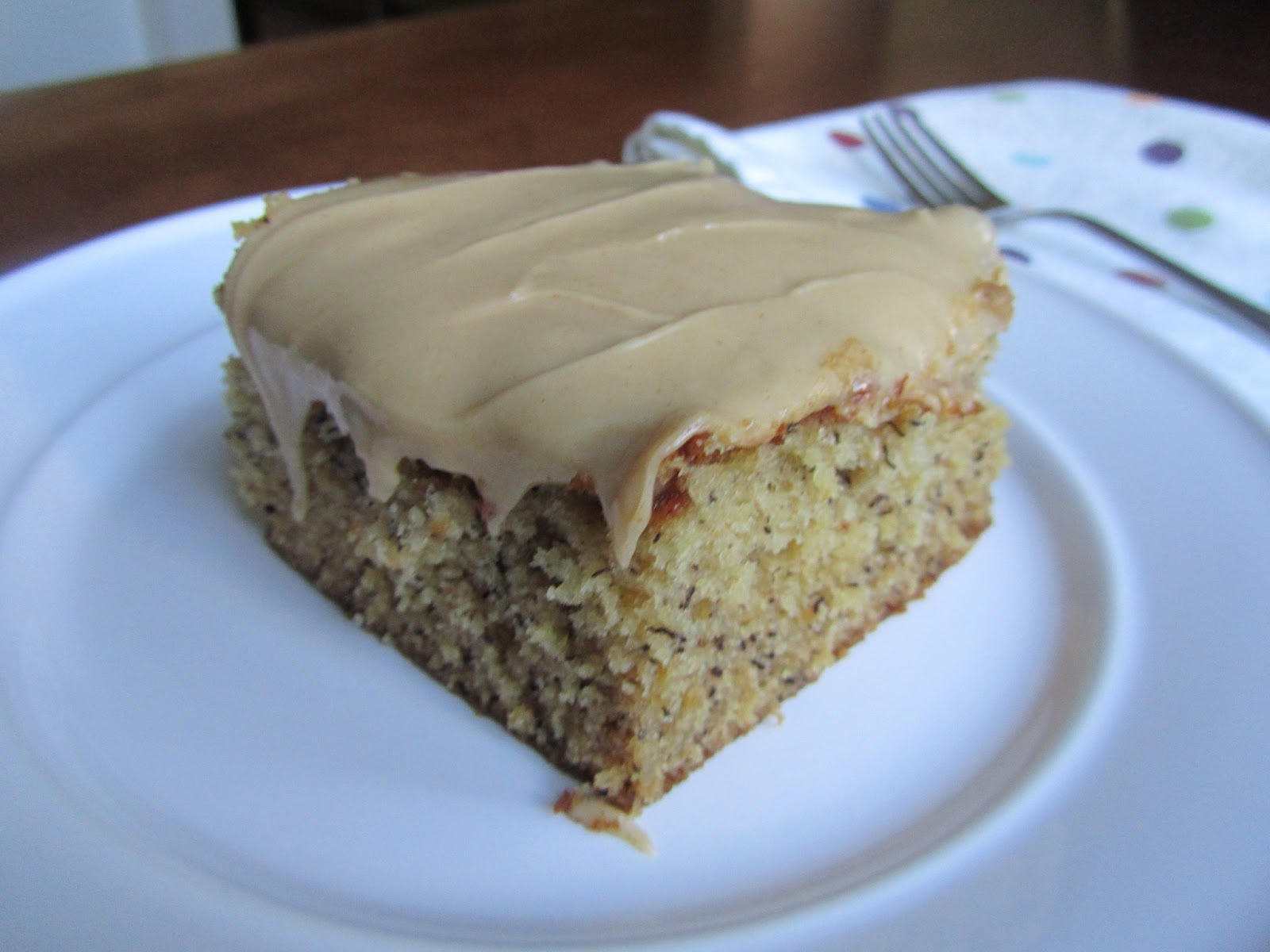 Loaves n Dishes: PEANUT BUTTER & BANANA CAKE with PEANUT ...
