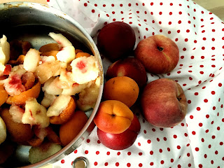 Confiture maison pêches abricots