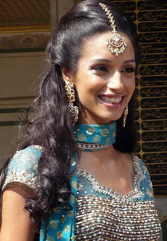 indian wedding hairstyles for medium length hair}