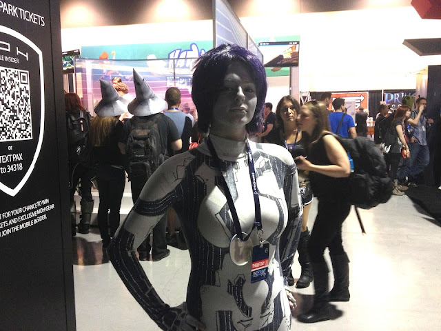 cortana-costume-suit-pax