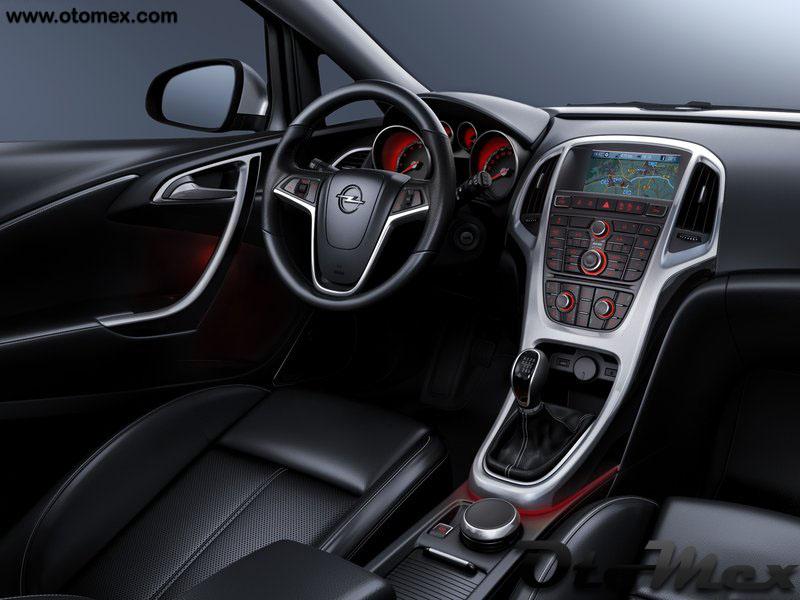 AutomobloG: 2011 Opel Astra Turbo