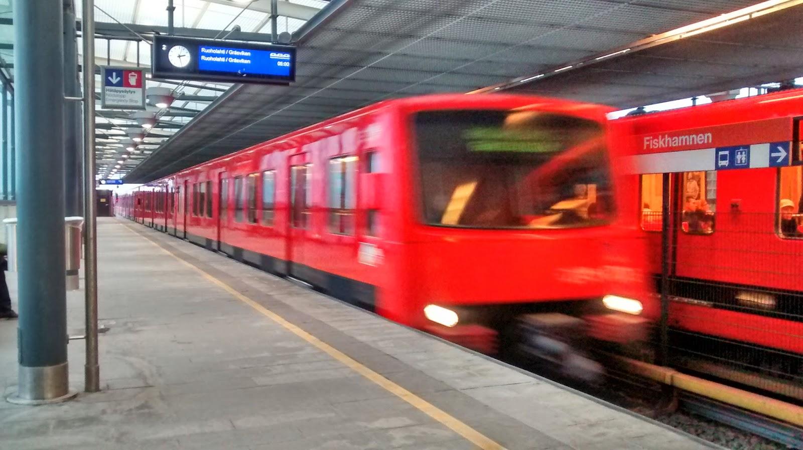 Metrô em Helsinki