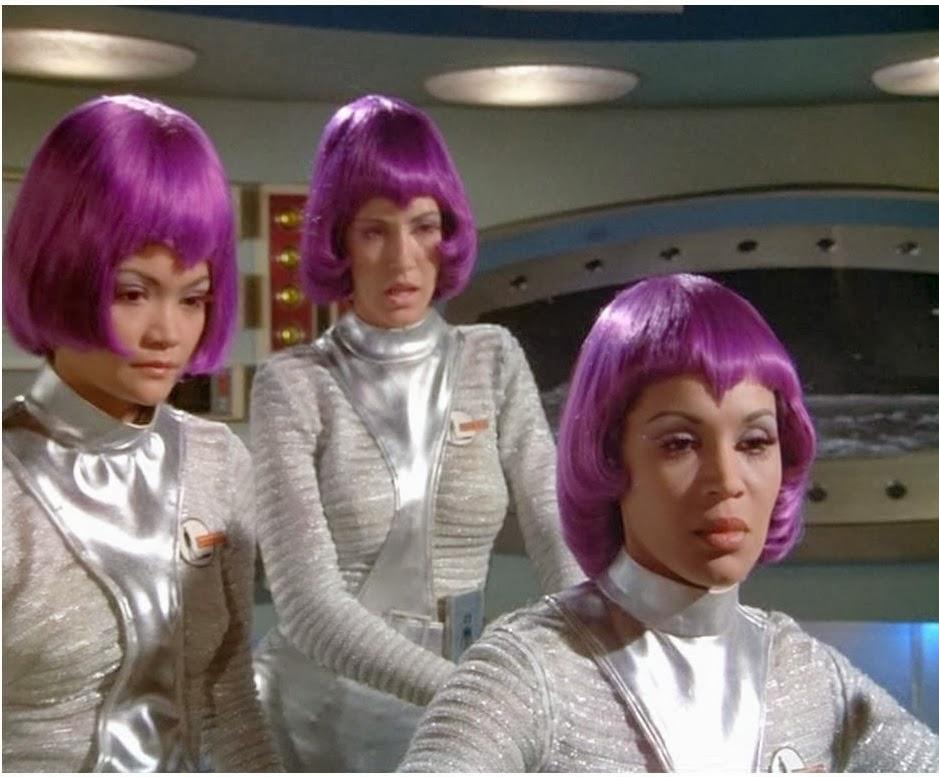 Cosplay babes cosplay lieutenant nyota uhura - 4 3