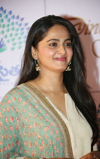 Anushka Shetty Latest Pictures in Salwar Kameez at Memu Saitam Dinner with Stars Red Carpet