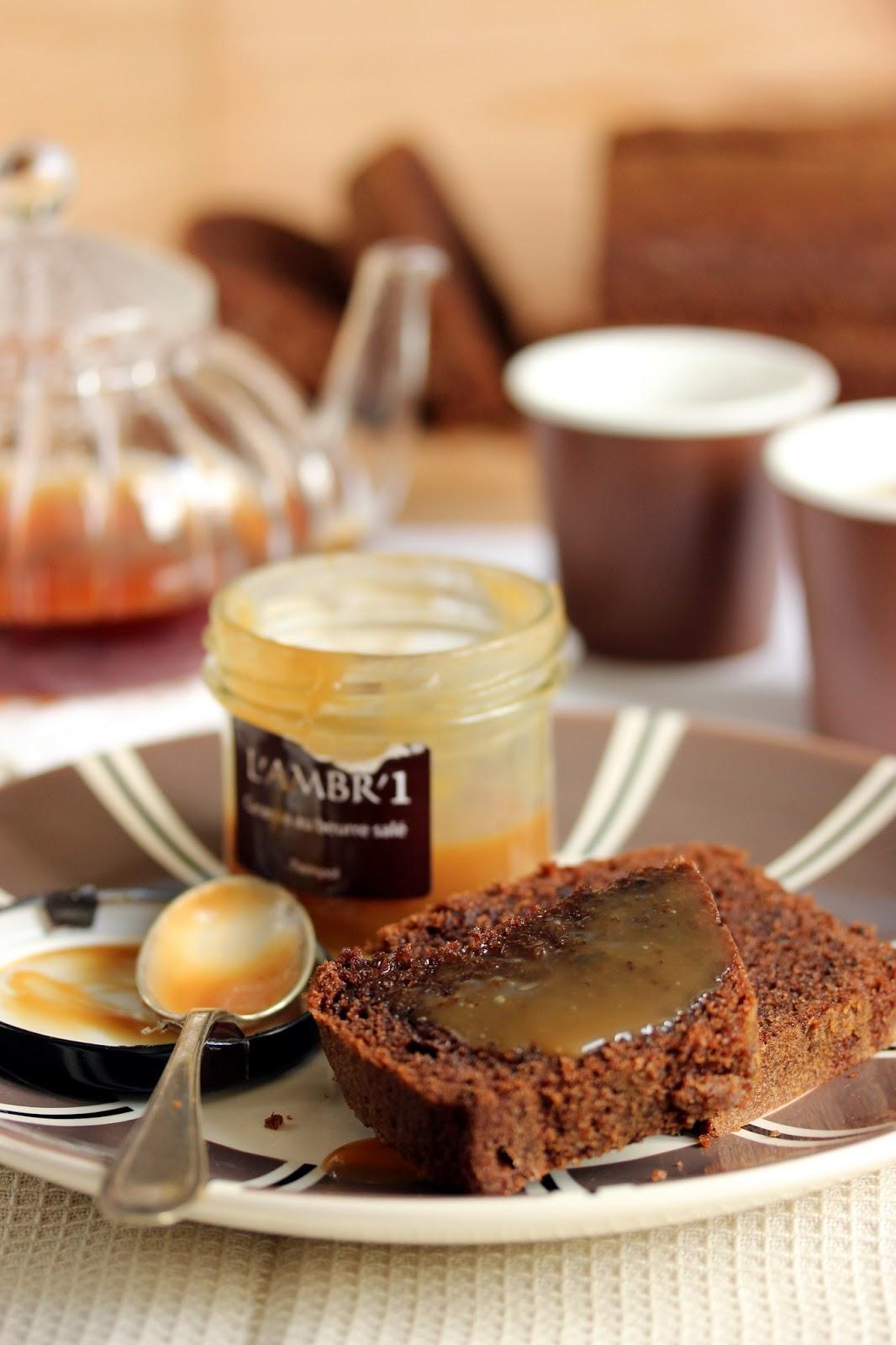 dans la cuisine de sophie quatre quarts au cacao et caramel beurre picture to pin on pinterest. Black Bedroom Furniture Sets. Home Design Ideas