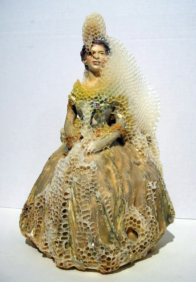 aganetha creative honeycomb sculptures