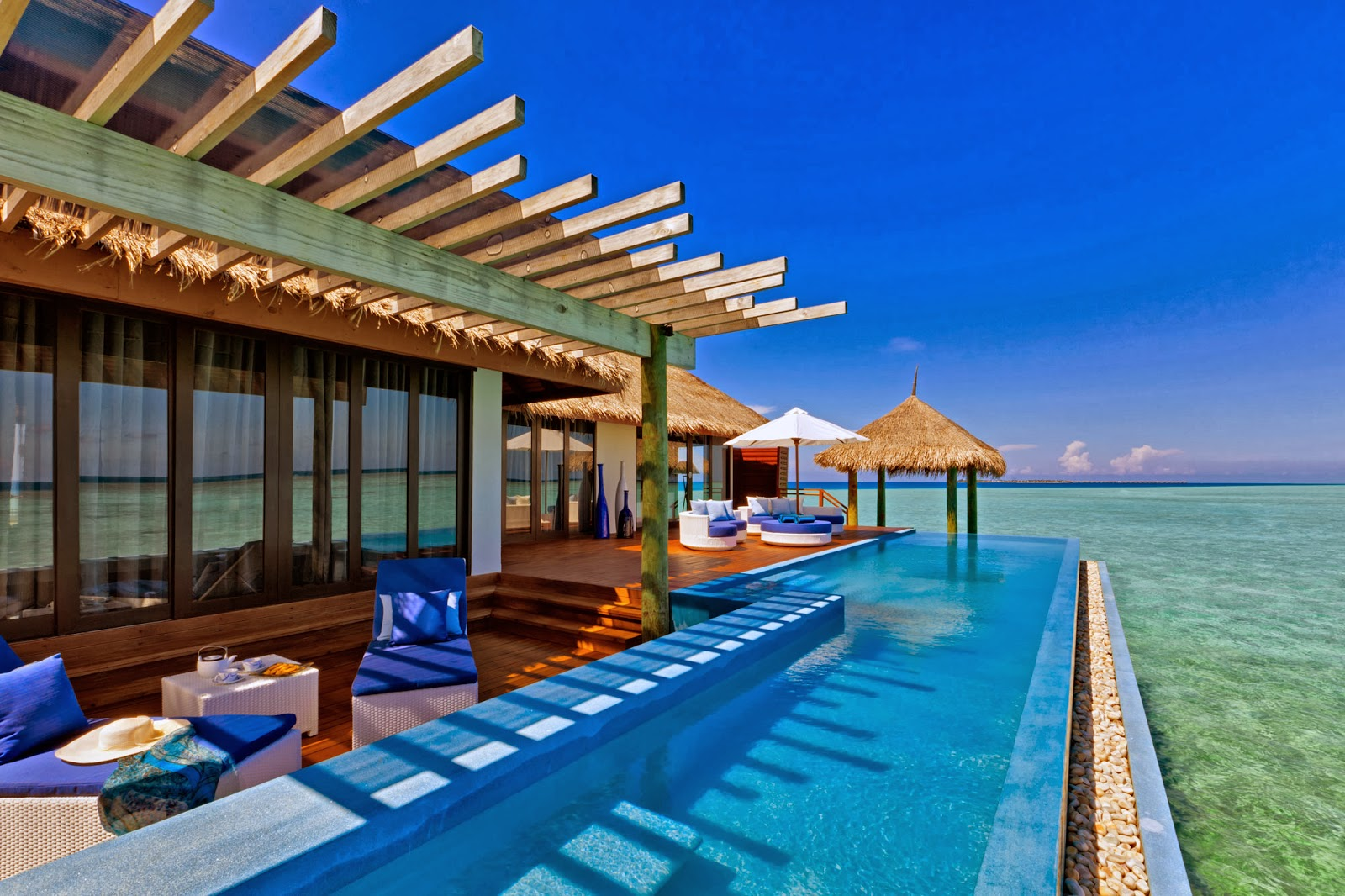 Passion for luxury velassaru island in the maldives for Luxury resorts