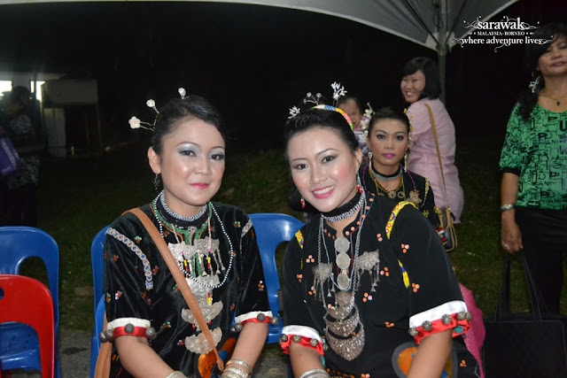 Bisaya Buffalo Race Festival in Limbang Sarawak Beauty contestants