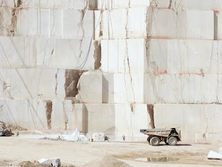 Santiago cata o ospina materia prima el marmol for Marmol en santiago