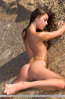 Lily C - Liberiga - 09