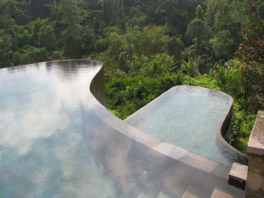 21 Amazing Hotels You Need To Visit Before You Die