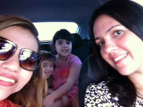 Cineminha com amiga e as crianças