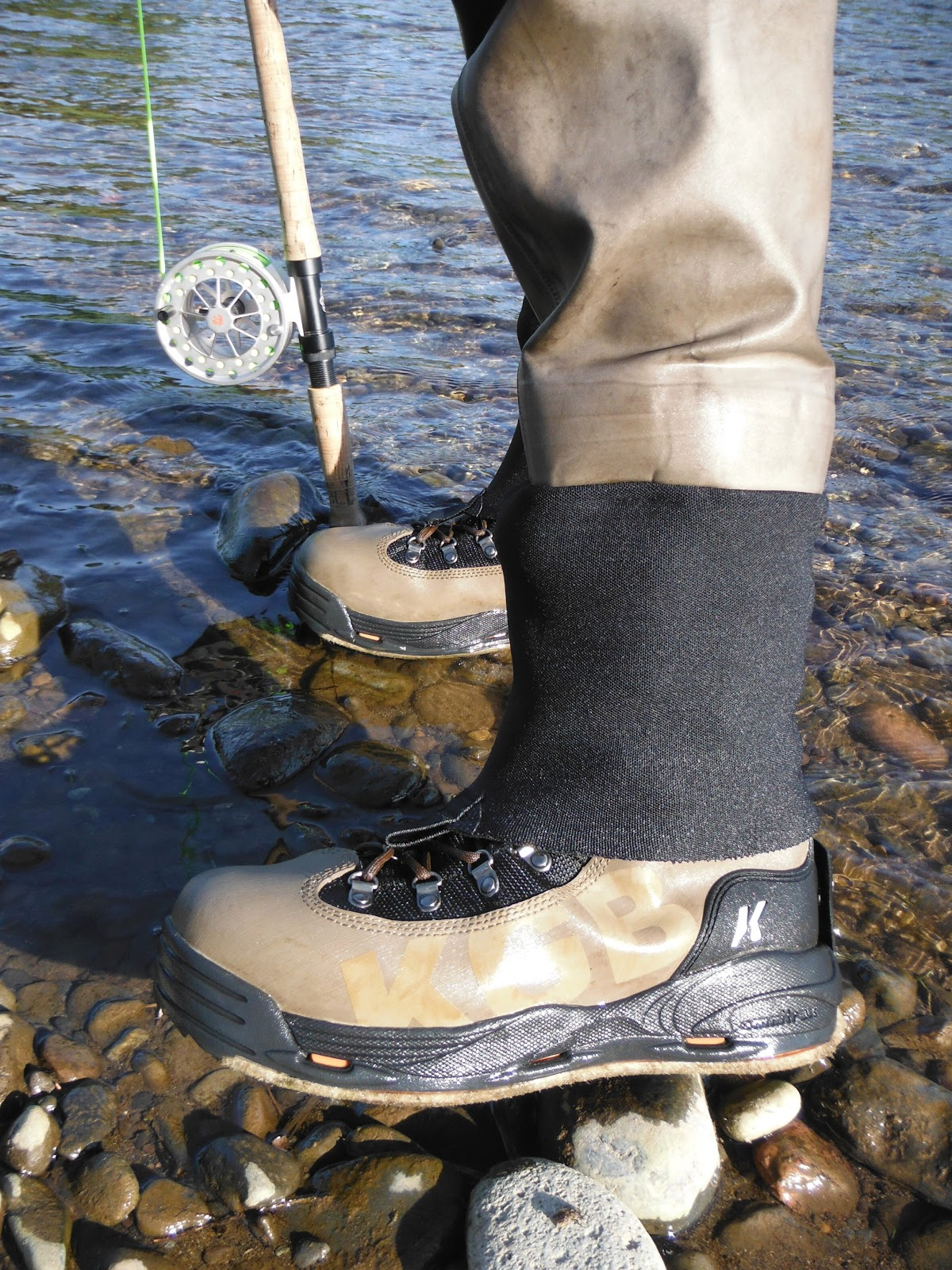 Skinny waders a fly fishing blog gear review korkers for Fly fishing wading boots