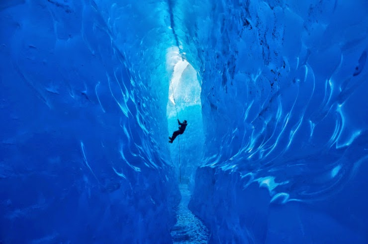 http://1.bp.blogspot.com/-tF7dnZlwVzk/U94mSskwcJI/AAAAAAAAN5Y/Ci7EpmmmKyQ/s1600/Mendenhall+Ice+Caves+%E2%80%93+the+Fragile+Alaskan+Wonders,+USA!!.jpg