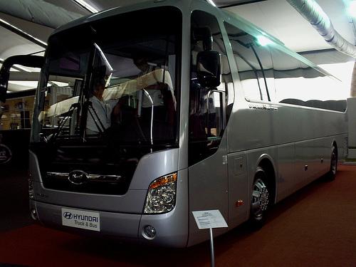 Cho thuê xe Hyundai Kinglong KB120SE 45 chỗ