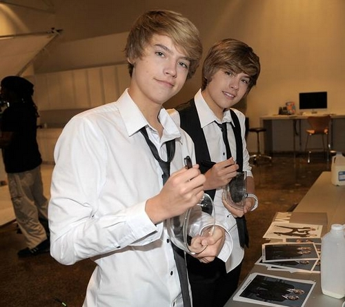 Actrices de Hollywood 2012: Dylan sprouse