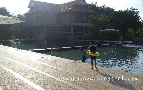 kolam putra valley taman kota harmoni