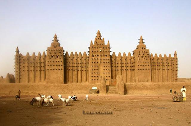 Masjid-Djenne-Mali-Afrika-Barat_2