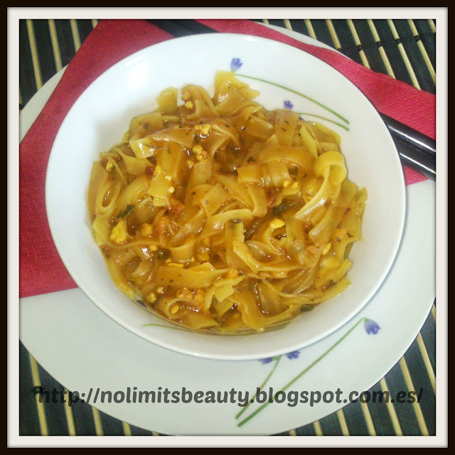 iHerb: Pad Thai Noodles