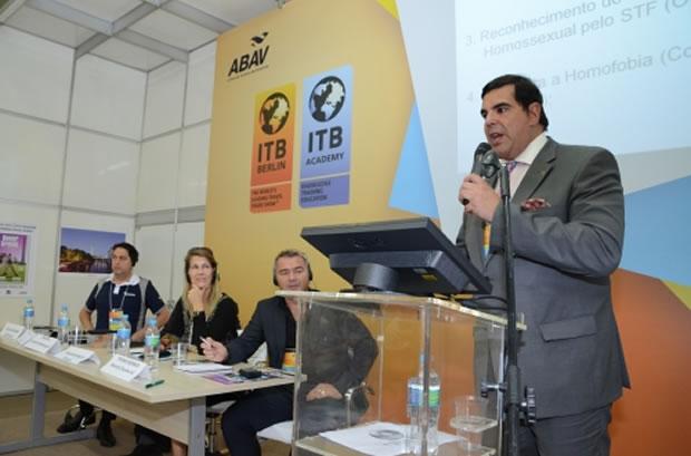 Marco Lomanto durante palestra na Abav (Foto: Divulgação)