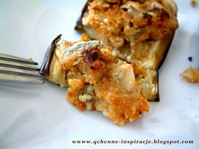 Faszerowane łódeczki bakłażana na ostro - jedno z moich ulubionych dań ! kasza kuskus suszone pomidory ser z niebieską pleśnią