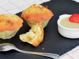 Muffins à la rhubarbe et son coulis