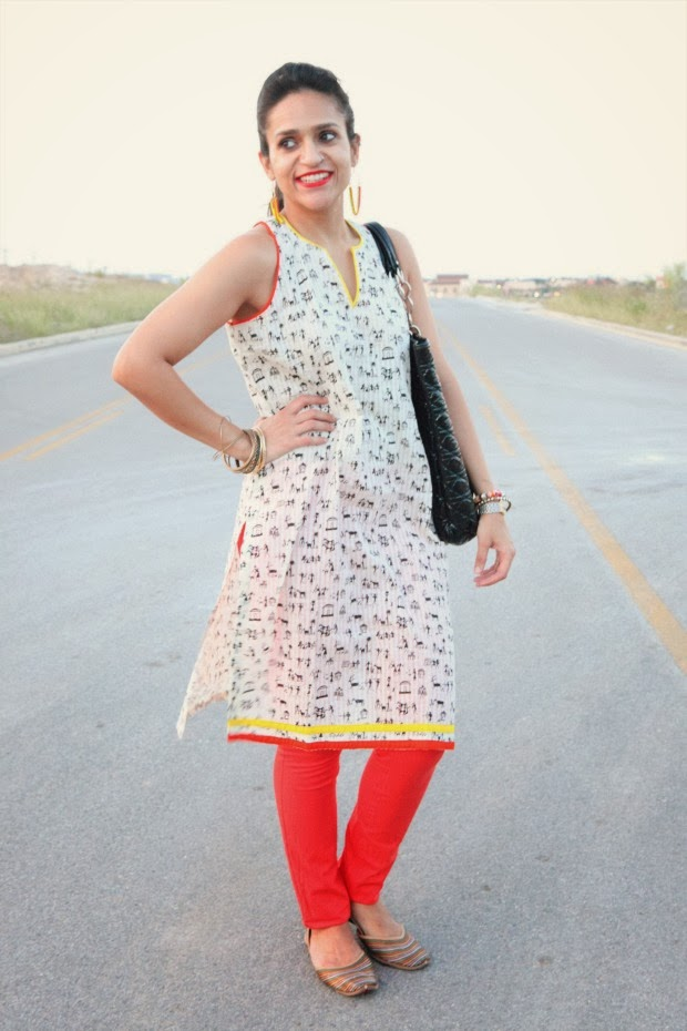 Tunic from India, Lulu's Denims, Jutti from Amritsar (India), Dior Bag, InPink Earrings, Tanvii.com