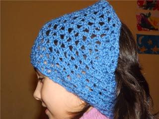 Cuello  de ganchillo o crochet usado como vincha