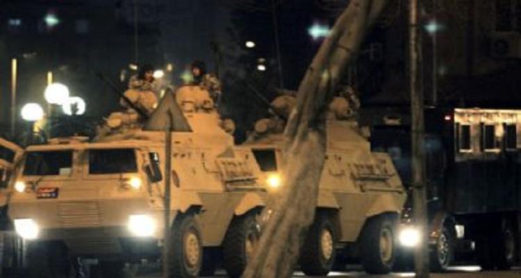 عاجل من القاهرة: شاهد ماذا يفعل الجيش المصري الآن في الشوارع بعد هجوم الهرم