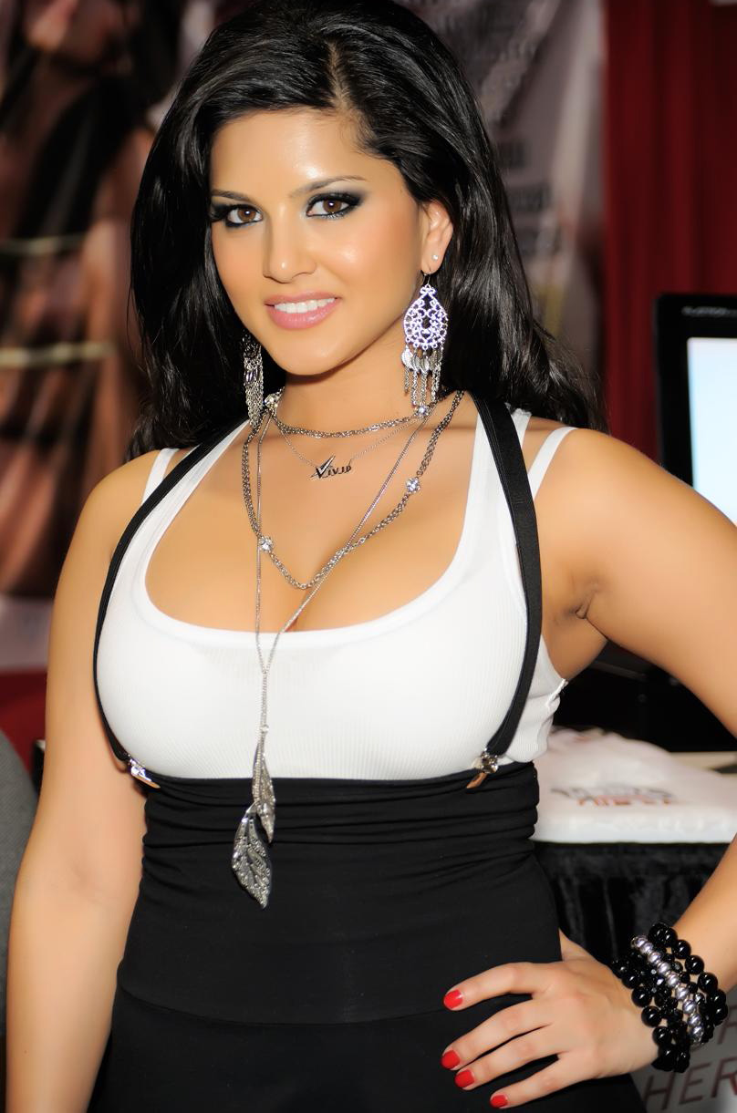 808 x 1221 jpeg 181kB, Sunny Leone | HD Wallpapers (High Definition ...