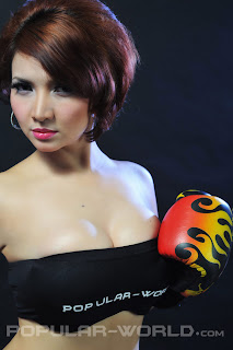 hot Roro Fitria for Popular World BFN, June 2012