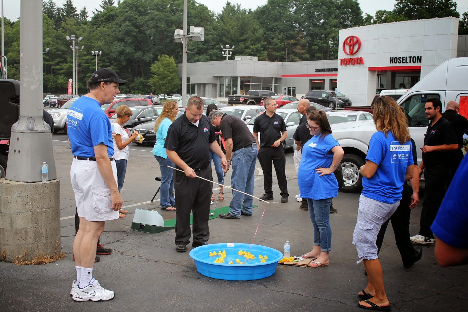 Games at Hoselton Auto Mall's Annual Sundae Fun Day Employee Picnic!