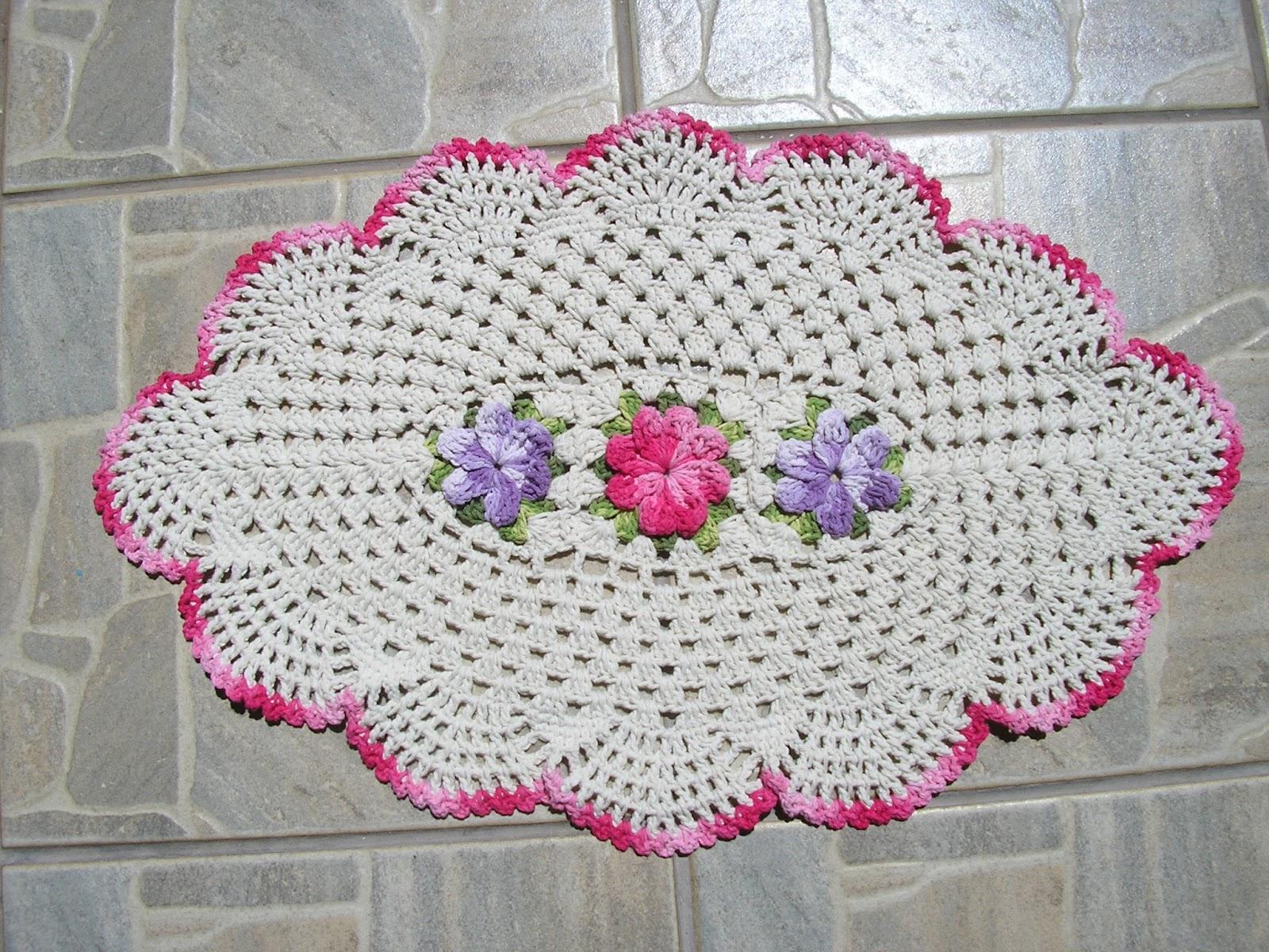 Tapete De Barbante Com 4 Flores  Car Interior Design -> Banheiro Decorado Com Croche