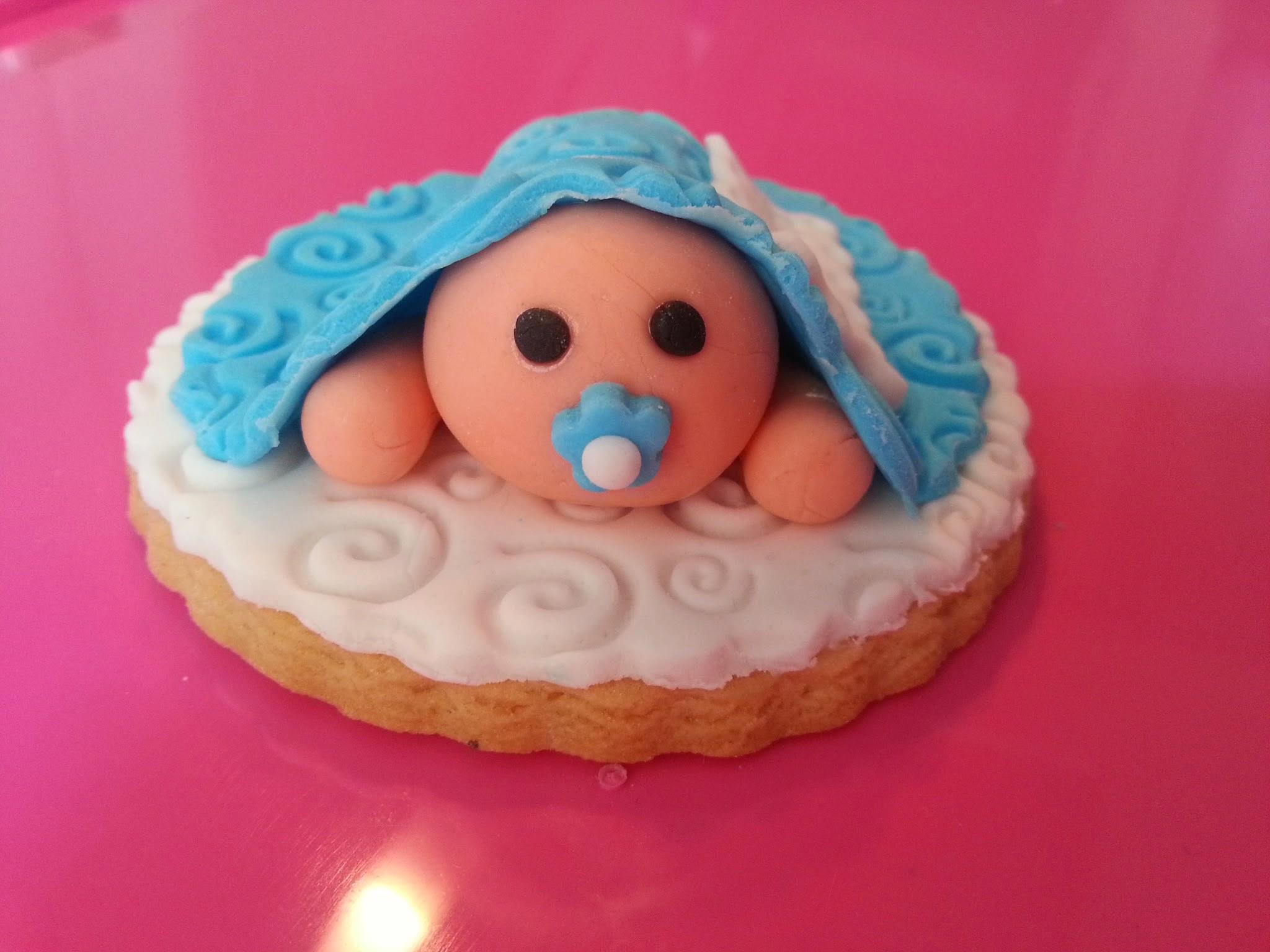 Cesta regalo bebé: Manuel