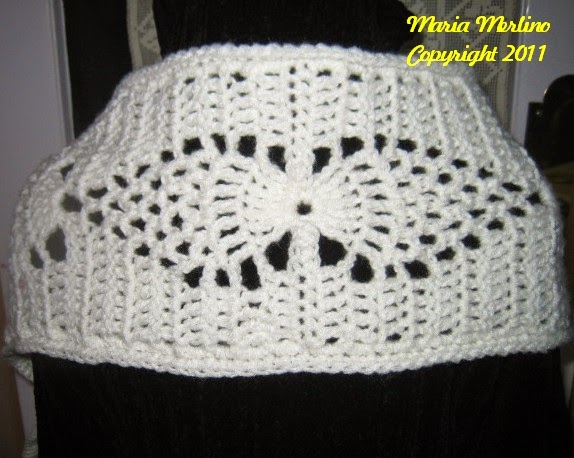 Crochet Living: Crochet an Angel Wing Cathedral Pineapple Prayer Shawl