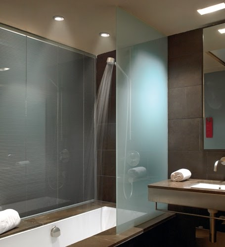 Lamparas g iluminacion y dise o iluminaci n para ba os - Lampara para espejo de bano ...