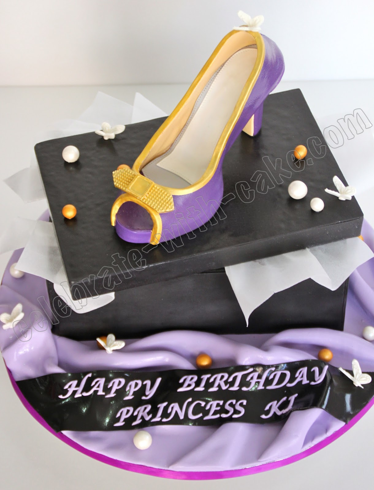 celebrate with cake high heel shoe cake