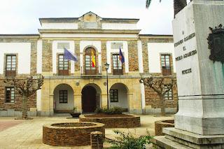 Tapia de Casariego, Ayuntamiento
