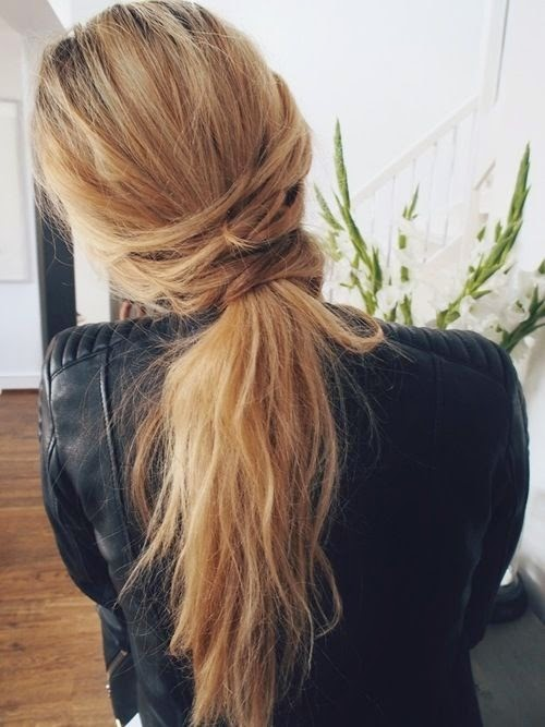 loose ponytail