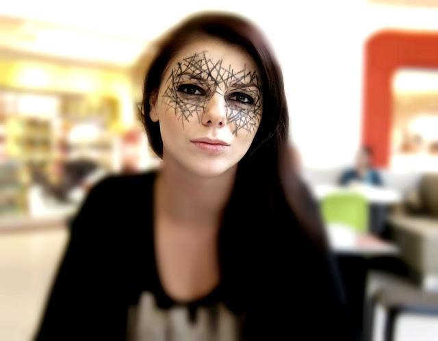 scary psycho clown halloween make up look tutorial makeup spiderweb makeup halloween look