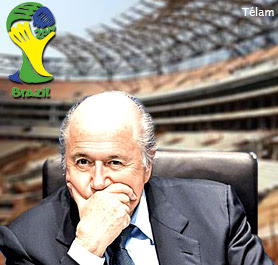Blatter critica la organizacion del Mundial 2014