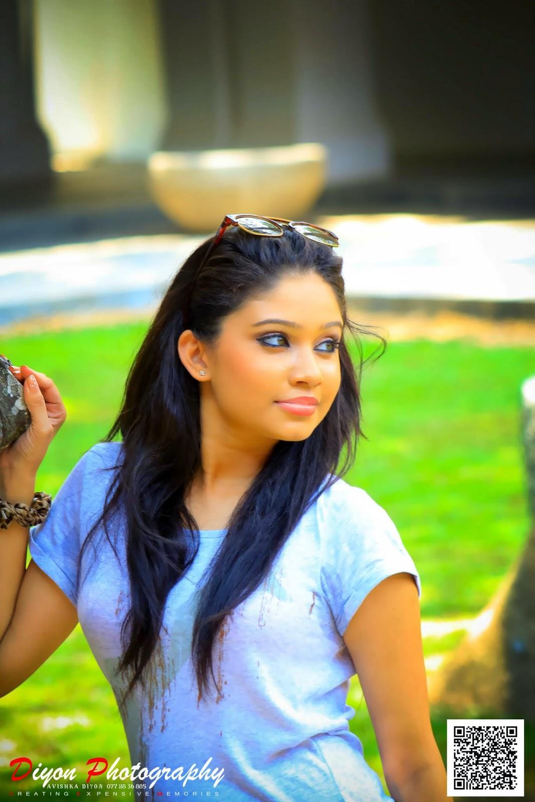 Shehani Kahandawala Works at TV Derana