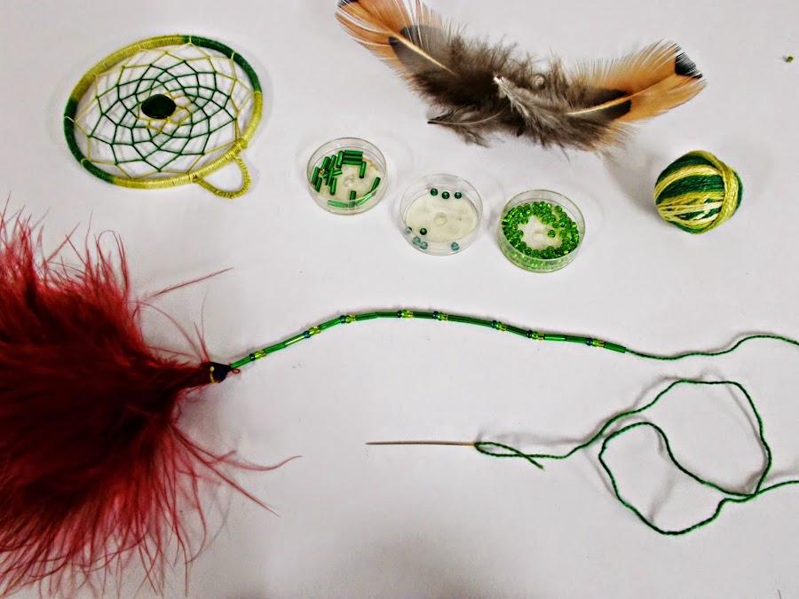 DIY-atrapasueños-indio-manualidades-hilo-plumas-adorno-9