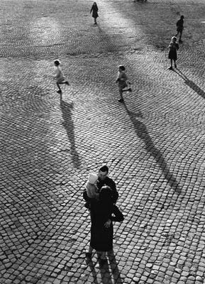 http://yama-bato.tumblr.com/post/120005088661/semioticapocalypse-pal-nils-nilsson-piazza-del