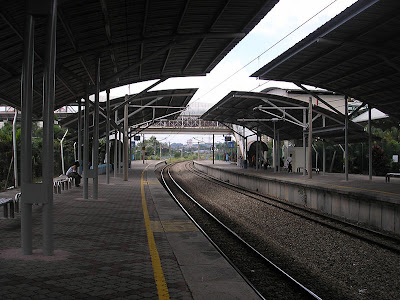 http://en.wikipedia.org/wiki/File:Bandar_Tasik_Selatan_station_(Rawang-Seremban_Line)_(platform_with_upgraded_canopies,_northward),_Kuala_Lumpur.jpg