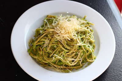 Pasta with Broccoli Cream Pesto