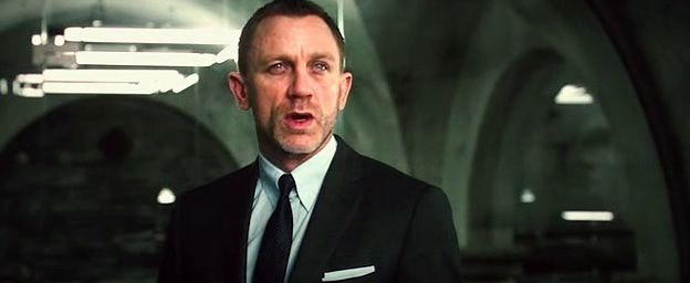Screen Shot Of James Bond Skyfall 007 (2012) Dual Audio Movie 300MB small Size PC Movie