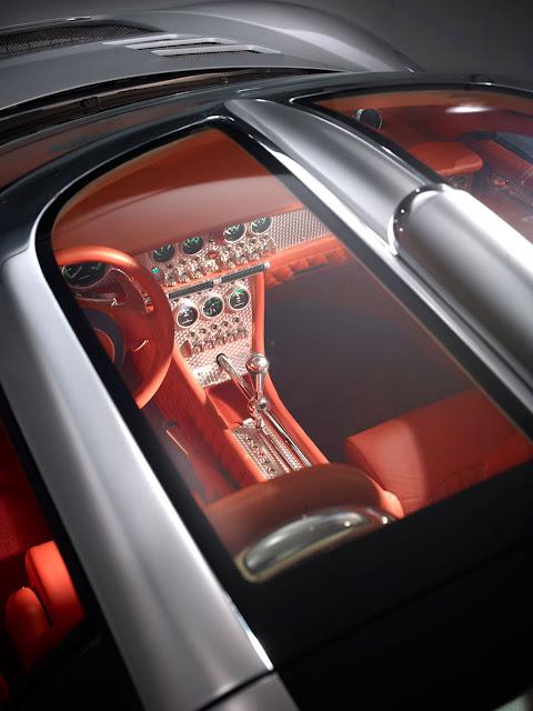 Spyker C8 Aileron top detail