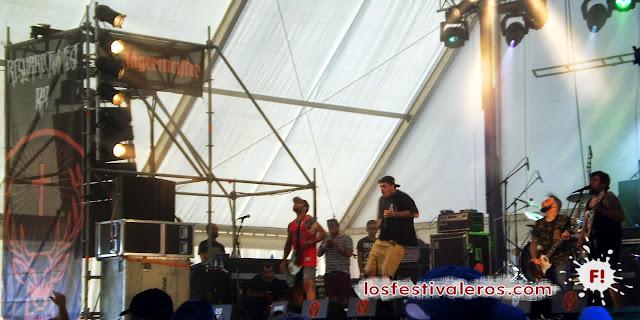 Resurrection Fest 2013, Devil in me, Viveiro