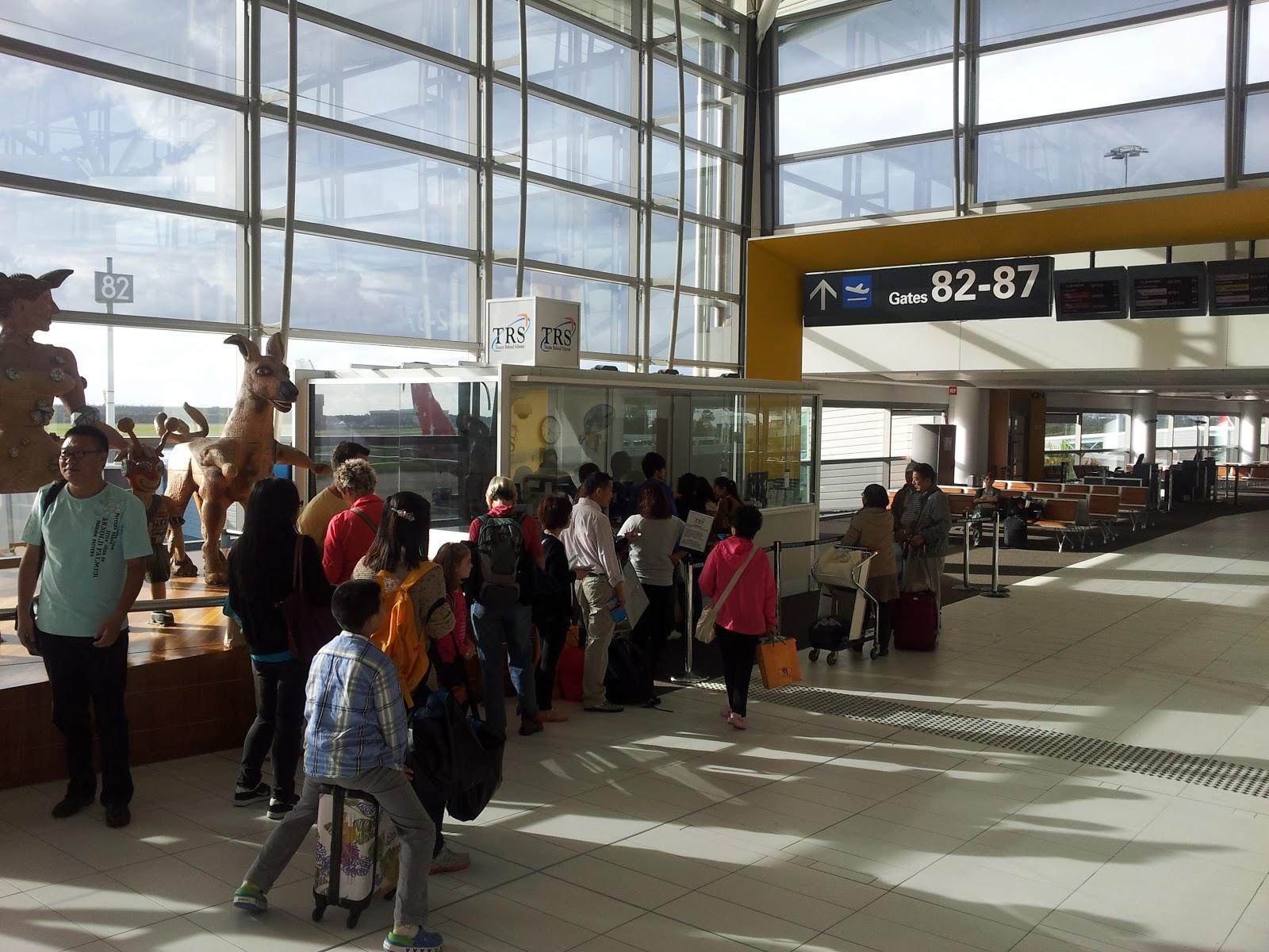 tax refund form australia at airport